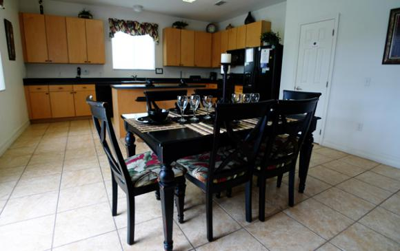 Kitchen Dining Area - Pine Forest Chateau - 5 bedroom Walt Disney World Area vacation home - Homes4uu