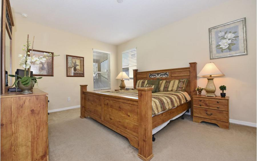 Bedroom 1 - Day Beacon - 6 Bedroom Disney World Area Vacation Home - Homes4uu