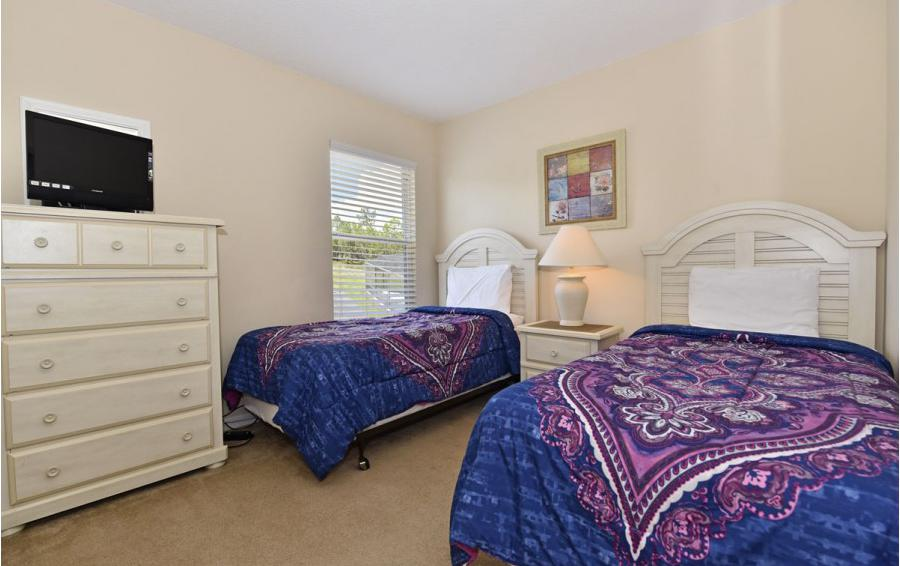 Bedroom 4 - Day Beacon - 6 Bedroom Disney World Area Vacation Home - Homes4uu