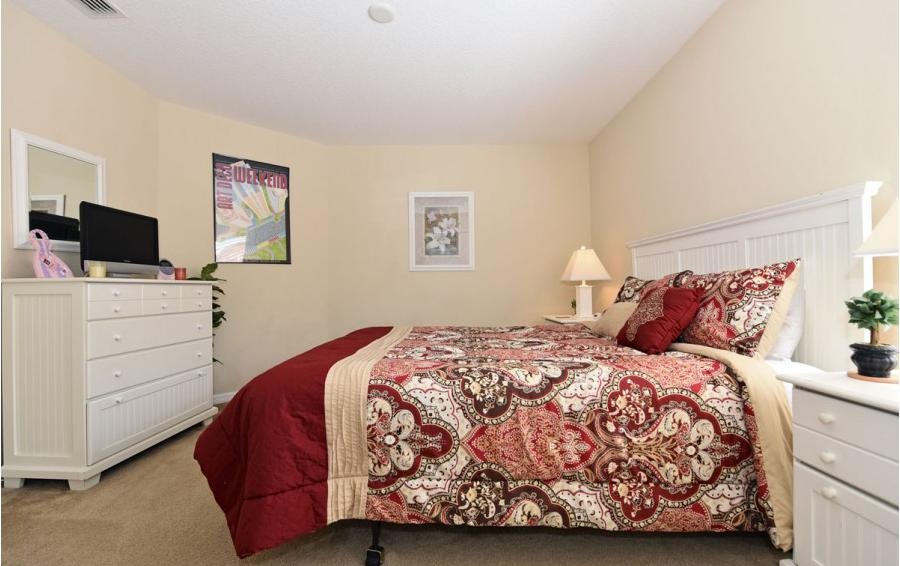 Bedroom 5 - Day Beacon - 6 Bedroom Disney World Area Vacation Home - Homes4uu