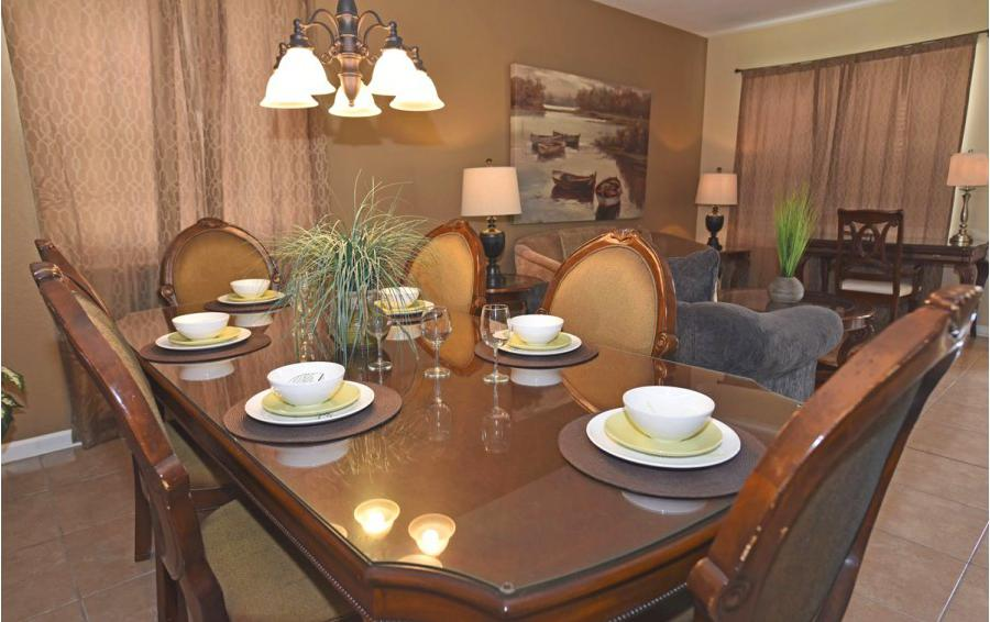 Dining Table - Anchor Buoy - 6 bedroom Kissimmee vacation home - Homes4uu