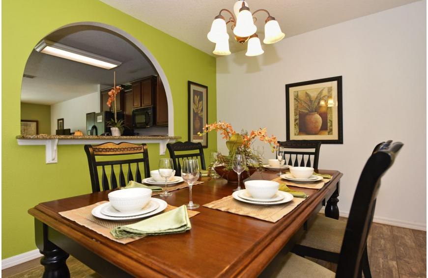 Formal Dining Room - Calabria at Westside - 6 Bedroom luxury vacation home - Homes4uu