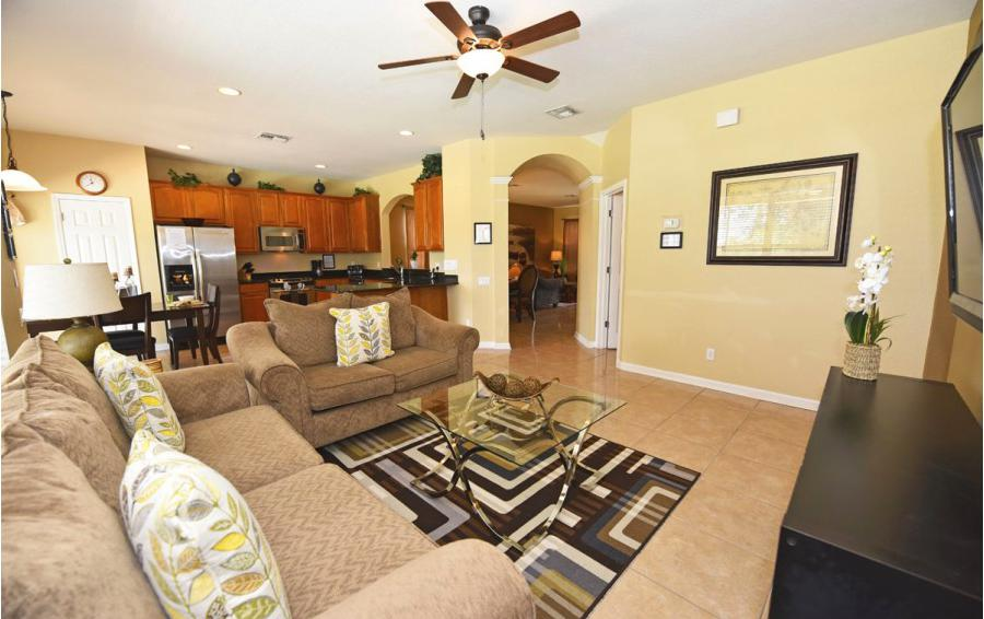 Great Room - Anchor Buoy - 6 bedroom Kissimmee vacation home - Homes4uu