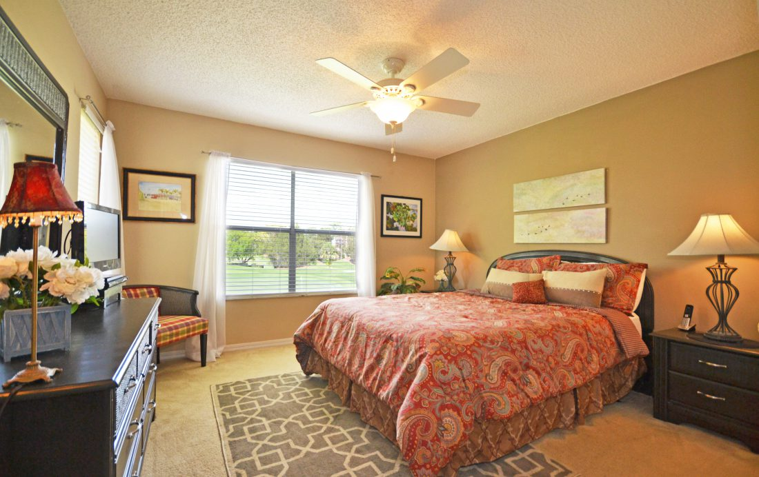 Master Bedroom - Fairways Townhome - 3 Bedroom Southern Dunes Vacation Townhome - Homes4uu