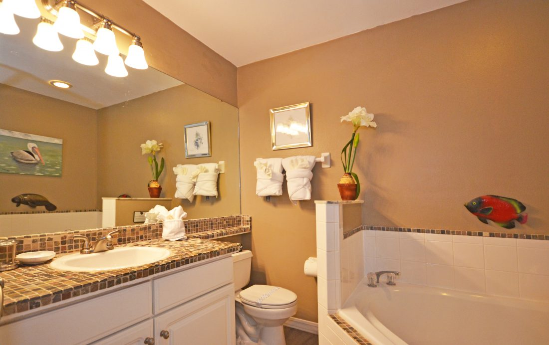 Master bath - Fairways Townhome - 3 Bedroom Southern Dunes Vacation Townhome - Homes4uu