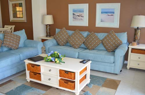 Living Room - Encantada Resort townhome - 4 bedrooms - Homes4uu