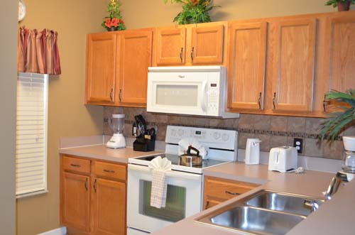 Kitchen - Encantada Resort townhome - 4 bedrooms - Homes4uu