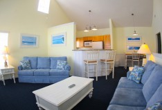 Living Room - 1 bedroom Runaway Beach Club condo - Homes4uu