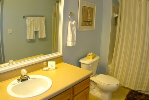 Second Bathroom - 2 bedroom Runaway Beach Club Condominiums - Homes4uu