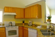 Kitchen - 2 bedroom Runaway Beach Club Condominiums - Homes4uu