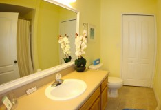 Master Bathroom - Runaway Beach Club resort condominium - 3 bedroom Condo - Homes4uu