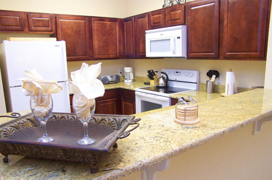 Kitchen - Tuscana Resort Condo - Orlando Area Resorts - Homes4uu