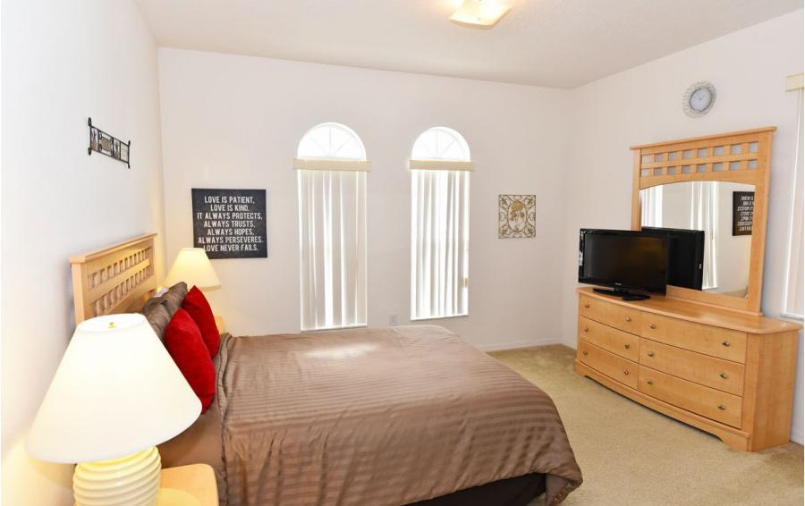 Bedroom 2 - Cofferdam II - 6 Bedroom Disney World Area Vacation Home - Homes4uu