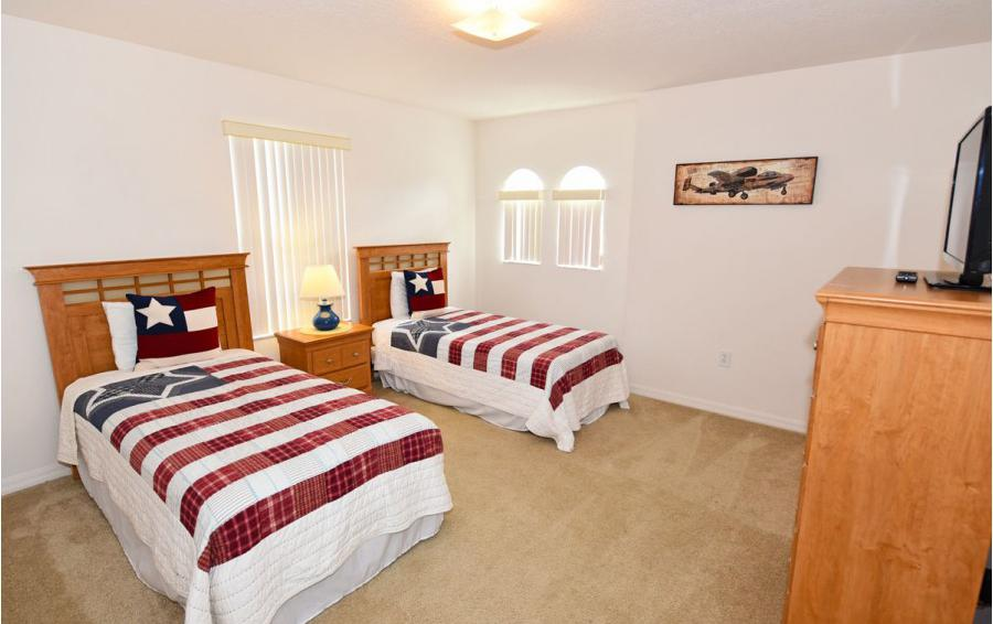 Bedroom 4 - Cofferdam II - 6 Bedroom Disney World Area Vacation Home - Homes4uu