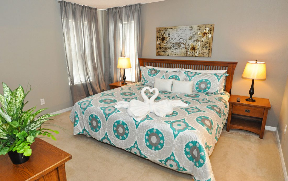 Bedroom 7 - Bumpkin - 7 Bedroom Disney Area Home - Homes4uu