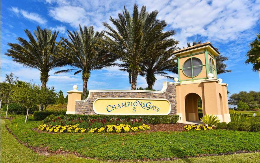 Champions Gate Entry Way