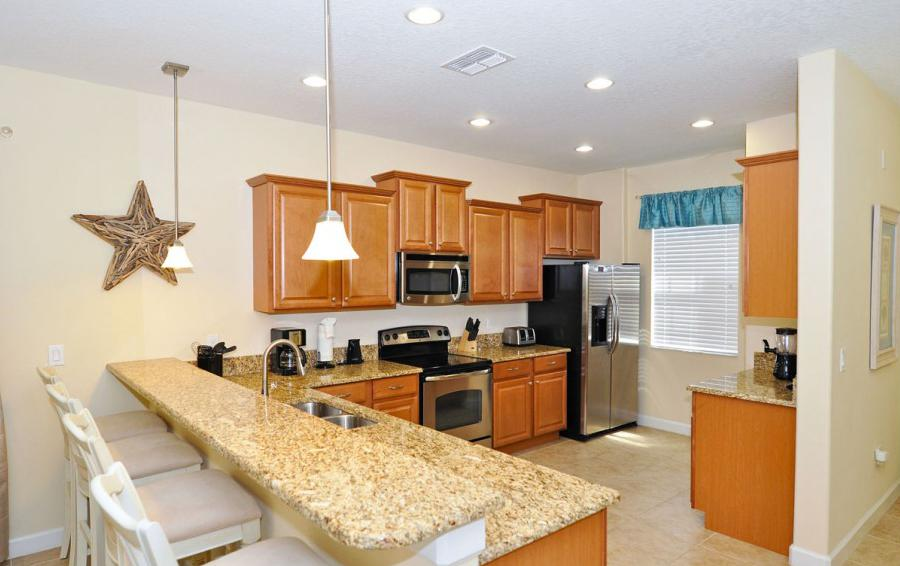 Fully Equipped Kitchen - Alidade II - 5 Bedroom Game Room Disney Area Home - Homes4uu