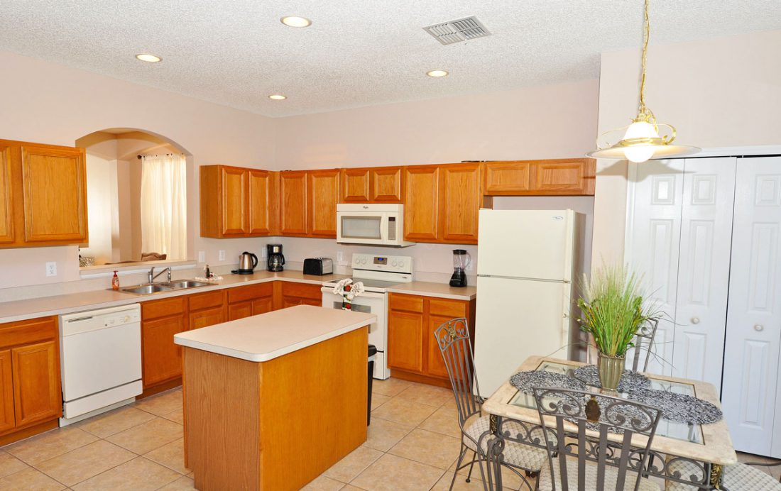 Kitchen - Bumpkin - 7 Bedroom Disney Area Home - Homes4uu