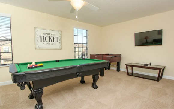 Galleon II - 8 Bedroom Private Pool Rental Vacation Home - Homes4uu - Game room and Pool table