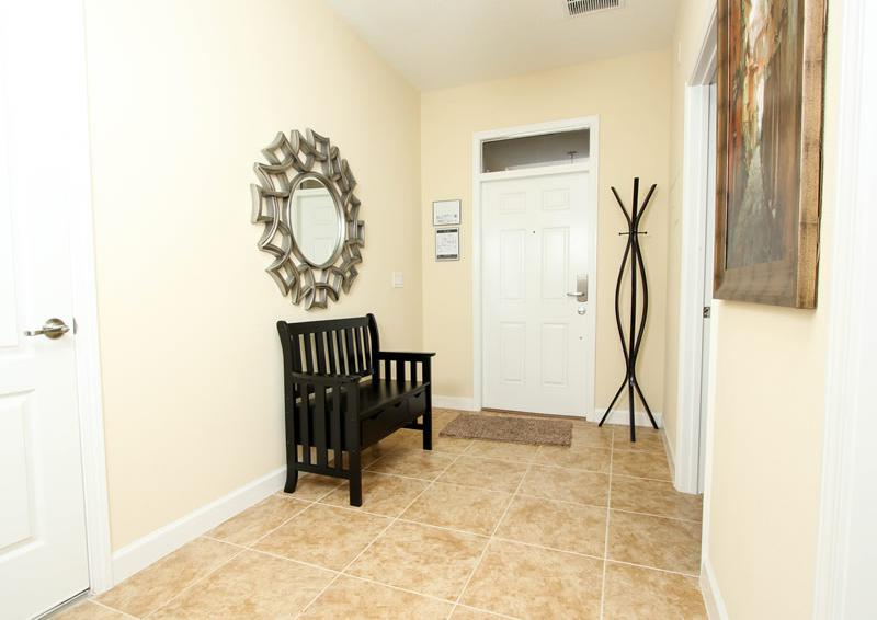 Front Hall - Boatswain II - Disney area Vacation Rental Home - Homes4uu