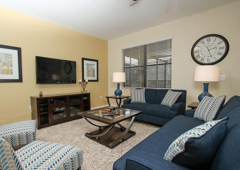 Living Room - Boatswain II - Disney area Vacation Rental Home - Homes4uu
