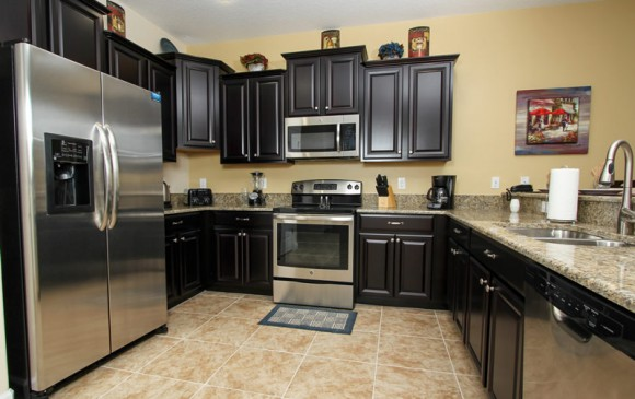 Boatswain II - Disney area Vacation Rental Home - Kitchen with Stainless Steel appliances