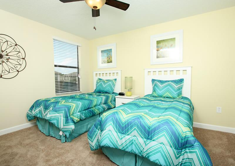 BEdroom 3 - Boatswain II - Disney area Vacation Rental Home - Homes4uu