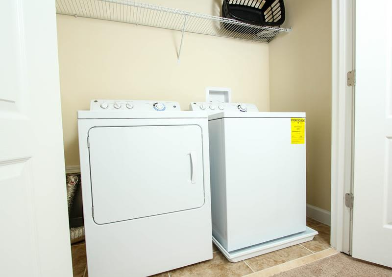 Laundry Room - Boatswain II - Disney area Vacation Rental Home - Homes4uu