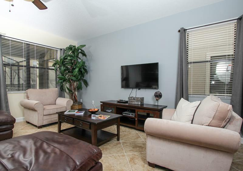 Living Room and Entertainment Center - Flying Jib II - 9 Bedroom Disney area vacation home - Homes4uu