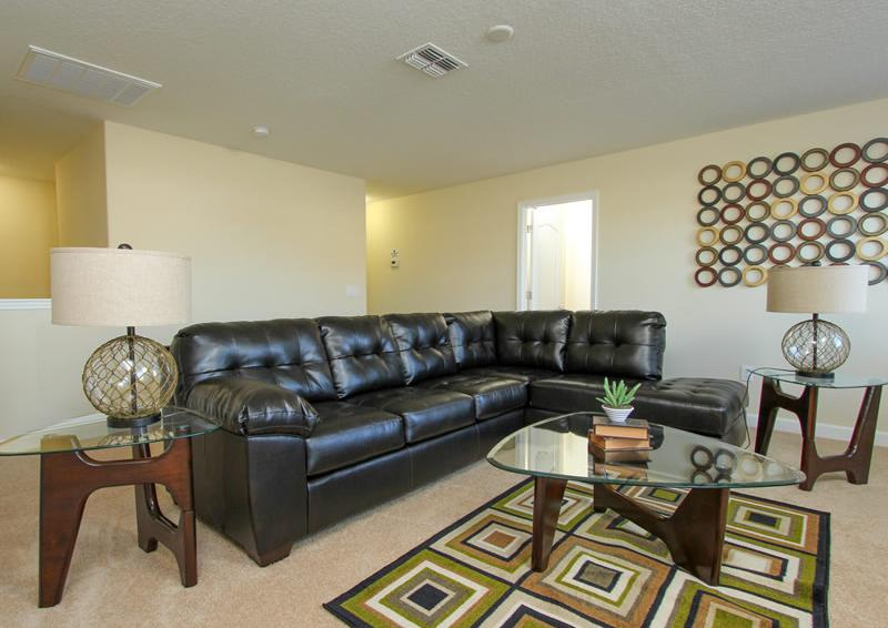 Siting Area - Captain's Table - 6 Bedroom Orlando Vacation Home near Disney - Homes4uu