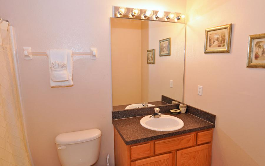 Bathroom 2 - Anchor Ball - 4 Bedroom Private Pool Home - Homes4uu