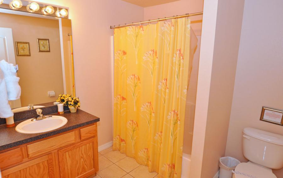 Bathroom - Anchor Ball - 4 Bedroom Private Pool Home - Homes4uu