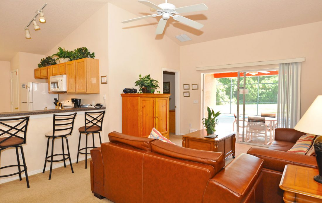 Living Room and Kitchen - Anchor Ball - 4 Bedroom Private Pool Home - Homes4uu
