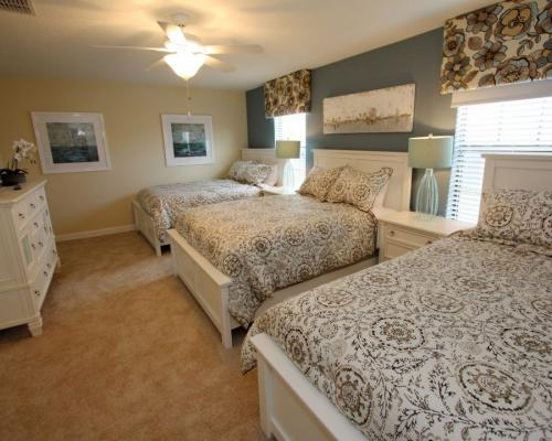 9 Bedroom Vacation Homes - Book Today with Homes4uu