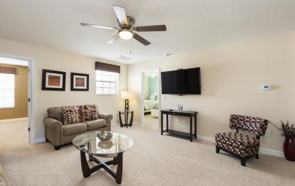 Second TV Room and Lounge - Downhaul 8 Bedroom Vacation Home Near Disney - Championsgate Home - Homes4uu