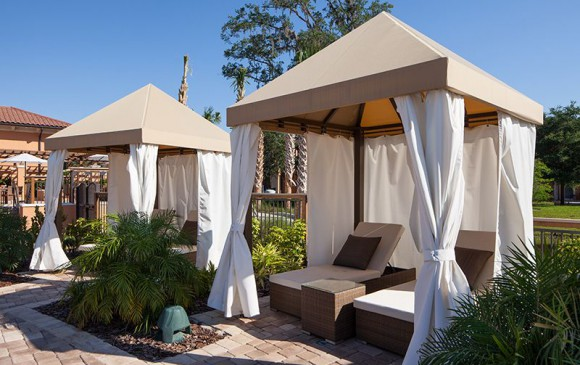 Regal Oaks Resort Pool Cabanas