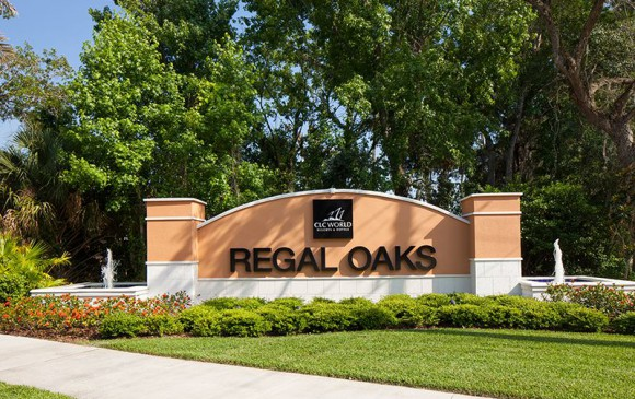 Regal Oaks Resort Entrance