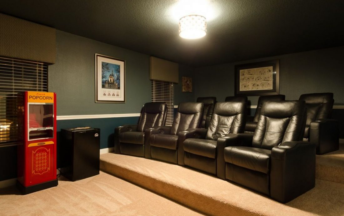 Theater Room - Mainbrace - 8 Bedroom Orlando Vacation Home - Homes4uu