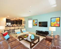 Great Room - Knotty Buoy - 8 bedroom Disney Area Vacation Home - Homes4uu