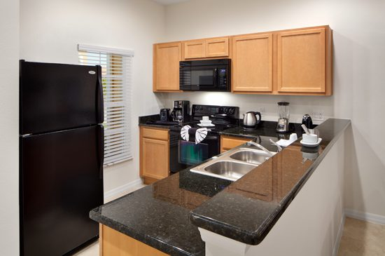 Kitchen - 2 Bedroom Disney Area Townhome - Regal Oaks Resort - Homes4uu