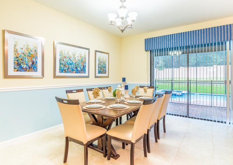 Dining Area - Clove Hitch - 9 bedroom Walt Disney World Area Home - Homes4uu