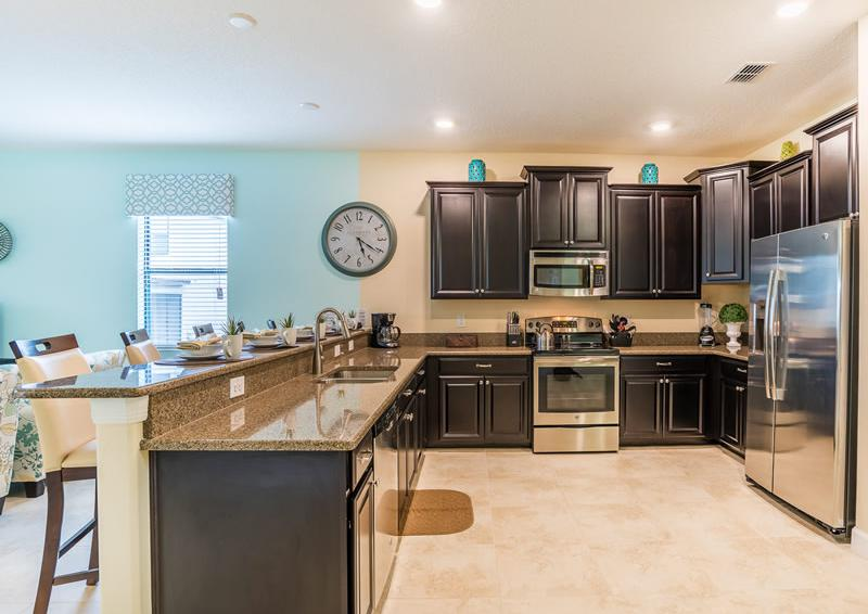 Kitchen - Pearl - 9 Bedroom Champions Gate Home - Homes4uu