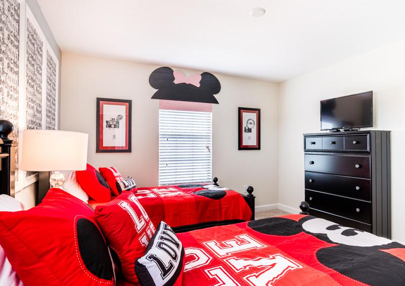 Bedroom 2 Mickey Mouse Themed Room View 2 - Grapeshot Beautiful 9 bedroom Champions Gate Vacation Home - Homes4uu