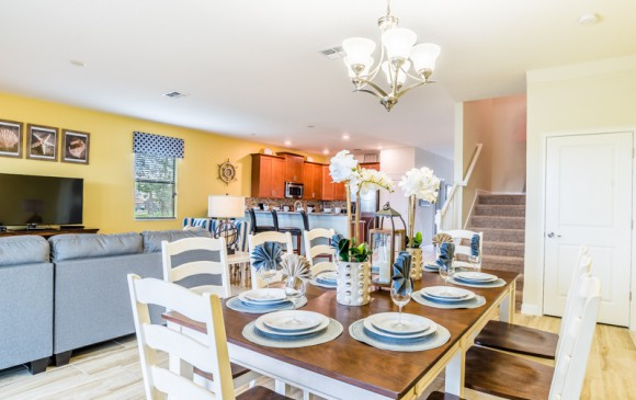 Grapeshot - Homes4uu - Beautiful 9 bedroom Champions Gate Vacation Home - Dining Area