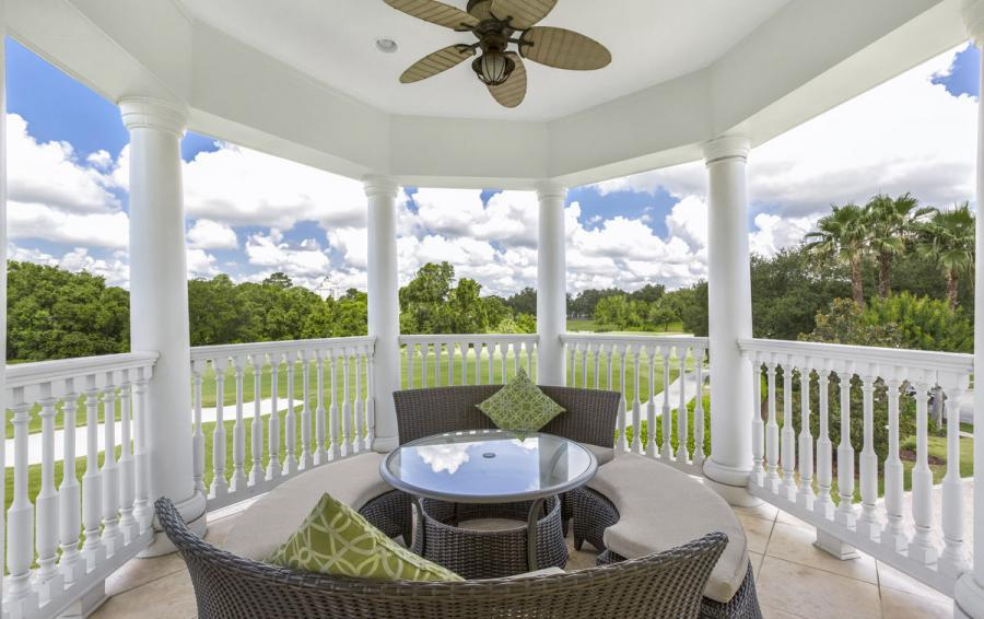 Balcony seating - Reunion Retreat Admiral 7 Bedroom Luxury Reunion Disney Area Vacation Home - Homes4uu