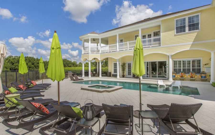 Pool Deck - Reunion Retreat Admiral 7 Bedroom Luxury Reunion Disney Area Vacation Home - Homes4uu