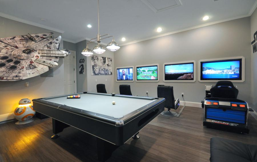 Updated Game Room - Reunion Retreat Admiral 7 Bedroom Luxury Reunion Disney Area Vacation Home - Homes4uu