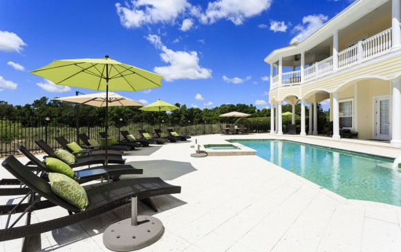 Reunion Retreat Admiral 7 Bedroom Luxury Reunion Disney Area Vacation Home Sun Loungers By Pool