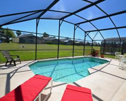Private pool - Channel - 4 Bedroom Orlando Vacation Home - Homes4uu