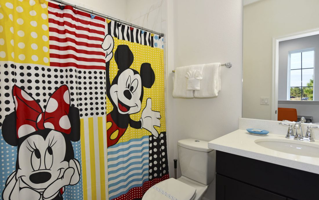 Mickey Mouse Bathroom 5 - Amidships - 5 Bedroom Orlando Townhome - Homes4uu